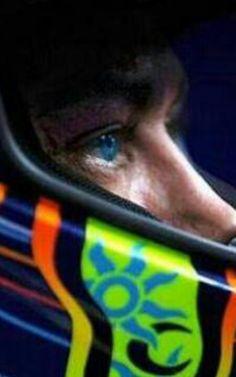 Rossi, focused