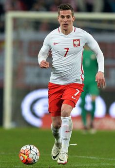 Arkadiusz Milik Football Team, Poland, Sports, Tops, Fashion, Hs Sports, Moda, Football Squads, Fashion Styles