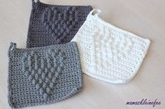 Crochet Patterns Gifts mamaskleinefee: Dishcloths with heart and crochet pattern for you Crochet Gifts, Cute Crochet, Crochet Lace, Crochet Hooks, Crochet Potholder Patterns, K Crafts, Manta Crochet, Crochet Kitchen, Crochet Bracelet