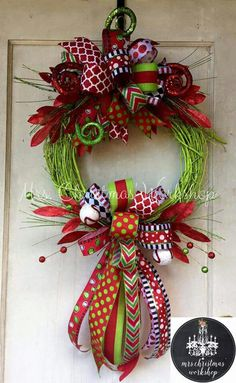 Christmas wreath grapevine wreath funky by MrsChristmasWorkshop Wreath Crafts, Christmas Projects, Holiday Crafts, Holiday Decor, Wreath Ideas, All Things Christmas, Winter Christmas, Christmas Time, Holiday Wreaths