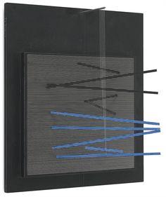 incline Blue et Noire, 1966 by Jesus Rafael Soto. Kinetic Art. sculpture