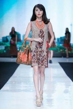 Batik dress with bag