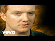 Queens Of The Stone Age - No One Knows - YouTube