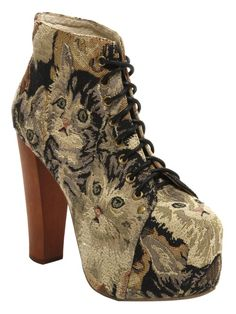 wooden heel, platform, canvas lace-up and kittens. How can I NOT have these??? SO CUTE.