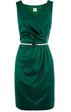 Soo pretty! I love the wrap waist and the color is stunning!