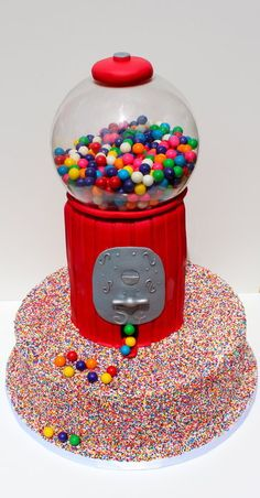 @Kathleen DeCosmo ♡❤ #Cakes ❤♡ ♥ ❥ Gumballs and sprinkles galore cake