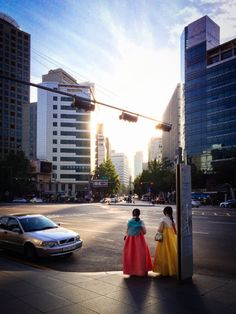 Hanbok in the city, near Seoul City Hall.