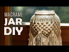 Video & Text by Macrame School DIY Macramé Jar Cover in Boho Style. Brings a beautiful soft light in your home. Outdoor Candle Holders, Diy Candle Holders, Diy Candles, Homemade Candles, Candle Jars, Macrame Projects, Boho Diy, Macrame Bracelets, Candle Making