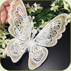 SDS1122 Giant Freestanding Lace Butterfly