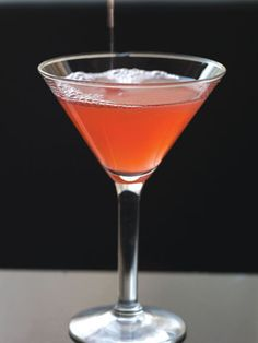 Pomegranate Martini This yummy concoction is easy to whip up and a great alternative to a standard cosmo.