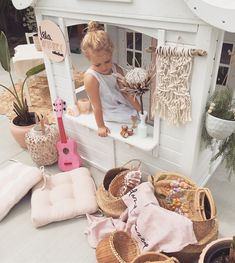 Macrame white and sunshine Cubby Houses, Play Houses, Little Tikes Makeover, Playhouse Furniture, Kids Cubbies, Ideas Dormitorios, Wendy House, Backyard Playhouse, Play Spaces
