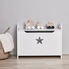 Kids Concept - Pull along Neo Family Wooden Toy Chest, Wooden Toy Boxes, Pull Along Toys, Diy Kids Furniture, Modern Nursery Decor, Toy Storage Boxes, White Chests, Baby Box, Decorative Storage