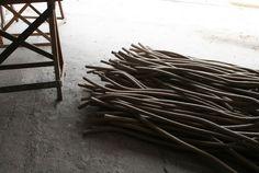 domingo totora recycled cardboar sticks