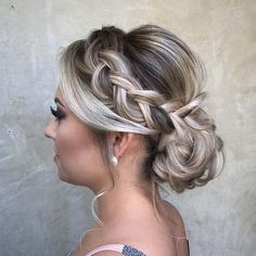 Pretty Braided Updo - 25 Best Formal Hairstyles to Copy in 2018 # formal Hairstyles 25 Best Formal Hairstyles to Copy in 2018 Ball Hairstyles, Cool Braid Hairstyles, Elegant Hairstyles, Pretty Hairstyles, Wedding Hairstyles, Hairstyle Ideas, Short Formal Hairstyles, Hairstyles 2018, Hair Ponytail
