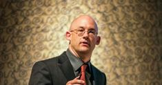 Clay Shirky: How social media can make history | TED Talk | TED.com
