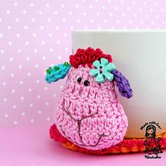 Sheepie Coaster is so cute. Pattern is for sale so you can crochet your own