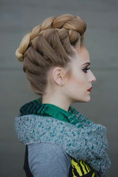 Heather-Chapman-French-Braided-Pompadour-hairstyle-side-view