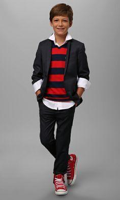 boys fashion - stylish and preppy with a casual fun twist. Preteen Boys Fashion, Young Boys Fashion, Little Boy Fashion, Kids Fashion, Tween Girls, Latest Fashion, Winter Fashion, Outfits Niños, Kids Outfits
