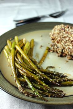 This balsamic asparagus is easy to make and tastes so good! All you need is a pan and this recipe!