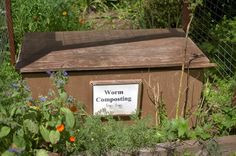 3 Bin Compost System: Everything You Need to Know! Making A Compost Bin, Composting Process, Worm Composting, Shade Perennials, Shade Plants, Compost Tumbler, Shade Grass, Soil Layers