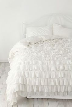 urban outfitters bedding i have been wanting this for FOREVER. expensive wahh