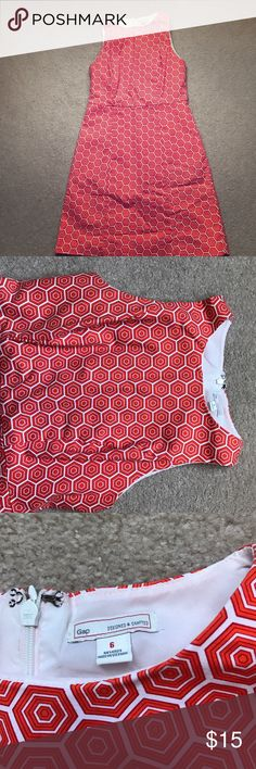 "Sleeveless Gap Dress Cute sleeveless Gap dress. Geometric orange and white pattern. Dress is fully lined with two concealed pockets on side. Back zipper, 97% cotton/3% spandex. Measures 34"" long (from shoulder to hemline); waist is 14"". Smoke free, pet free home. GAP Dresses"