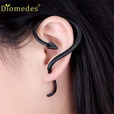 Stud Earring Diomedes Gussy Life wholesale Excellent Gothic style Punk Snake Wind Temptation Silver Ear Stud Cuff Ear Dec623