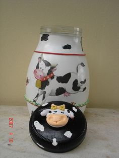 COW JAR Kitchen Hot Pads, Cow Ornaments, Cow Kitchen, Cow Gifts, Cow Decor, Clay Jar, Decoupage, Recycled Glass Bottles, Cow Pattern