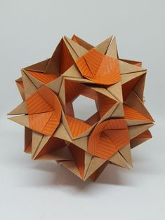 Jun 2019 - Step-by-step visual tutorials for Modular Origami by Xander Perrott Origami Rose, Origami Star Box, Origami Dragon, Origami Folding, Useful Origami, Origami Paper, Dollar Origami, Oragami, Origami Flowers