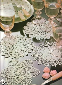 Crochet Knitting Handicraft: doilies round