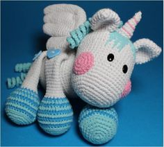 Child Equipment Crochet Tutorial Fluffy, the Unicorn * Pegasus * PDF from Kiezmasche on DaWanda Baby Accessories Crochet Horse, Crochet Unicorn, Crochet Animals, Crochet Baby, Knit Crochet, Crochet Crafts, Yarn Crafts, Crochet Projects, Amigurumi Patterns