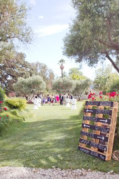 great use of a pallet - for signage at your wedding!