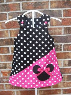 Superman Party Ideas sesame-street-birthday Yet another adorable Minnie Mouse dress. Little Dresses, Little Girl Dresses, Cute Dresses, Girls Dresses, Toddler Dress, Toddler Outfits, Baby Dress, Kids Outfits, Sewing For Kids