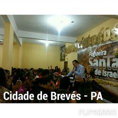Bispo Antônio Carlos, na cidade de Brevés - PA. Para chegar a essa cidade, viajou 12h de Navio, no Rio Pará.  (null) Feito com o Flipagram - http://flipagram.com/f/btO6QdT0SS
