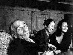 Voyerista, pintor de lolitas y el morbo puro. Así definen algunos al artista polaco-frances Balthasar Kłossowski de Rola, más conocido como Balthus, creador de la serie Gatos y Niñas – Pinturas y Provocaciones, que por primera vez se exhibe en Estados Unidos desde 1984 en el Museo Metropolitano (MET).