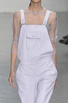 fabshun:   Richard Nicoll Spring/Summer 2015  Hmm  Extremely Feminine and Masculine. Love blurring the lines #fasion #richardnicoll #sprin/summer15