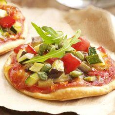 Cocina – Recetas y Consejos Bread Recipes, Vegan Recipes, Vegan Lifestyle, Empanadas, Sin Gluten, Vegetable Pizza, Carne, Food And Drink, Veggies