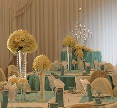 結婚式場写真「『ティファニーブルー』でサマーコーディネート♪」 【みんなのウェディング】