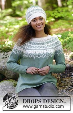 Perles du Nord / DROPS - Free knitting patterns by DROPS Design, The set includes: sweater with round yoke, multicolored Norwegian pattern and A-cut, knitted from top to bottom. Sizes S - XXXL. Jumper Patterns, Sweater Knitting Patterns, Free Knitting, Baby Knitting, Drops Design, Crochet Beanie, Knitted Hats, Knit Crochet, Ravelry