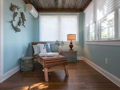 Ductless HVAC system or mini-split systems are beautifully efficient and provide consistent room comfort. But the decision to install is different for every home owners. The Pros of a ductless system A ductless heat pump or air Timber Ceiling, Wood Ceilings, Ductless Heating And Cooling, Ceiling Treatments, Reclaimed Timber, Layout, Ceiling Design, Decoration, Home Improvement
