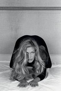 Dalida, 1975