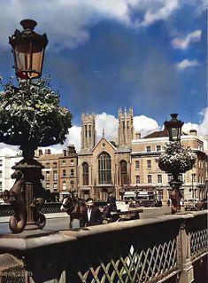Grattan Bridge, Ormond Quay Presbyterian Church in the background. c.1950