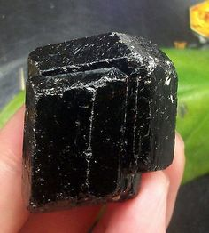 Bright-Terminated-Black-Schorl-Tourmaline-Crystal-mineral-specimen-China-14-212  Size: 3.5*3*2.5cm    Weight:46.8g Xinjiang, China