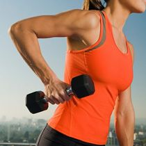 Advantages of strength training for women over 40 and why it should be carefully followed.