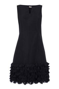 Vestido, de Studio Classics. Similar to black silk chiffon fro sns in stash.