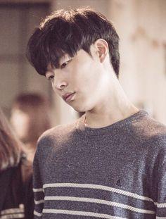Ryu Jun Yeol - Beanpole Men CF