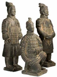 There are several types of Terracotta Warriors including terracotta sergeant, standing position archer, kneeling position archer, warrior, military officer, senior military officials and so on.