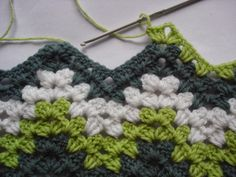Crochet granny ripple tutorial: MAKE THIS! maybe with all those wools! site is picture heavy ..might load slowly
