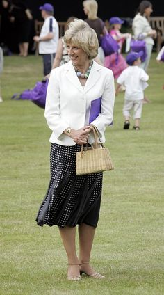 LONDON - JUNE 25:  Birgitte, Duchess of Gloucester attends the Children's Garden Party as part of the Queen?s 80th Birthday celebrations at the Buckingham Palace on June 25, 2006 in London.  (Photo by MJ Kim/Getty Images)