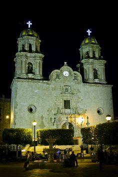 Parroquia de Nuestra Señora de la Asunción in Jalostotitlan, Jalisco, Mexico by maurangas, via Flickr.